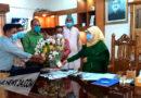 মাদারীপুরে নবাগত জেলা প্রশাসককে ফুলের শুভেচ্ছা